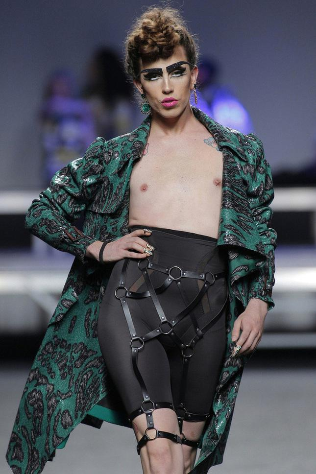 desfiles-de-mercedes-benz-fashion-week-madrid-locking